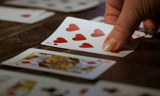 Karta srdcová sedmička